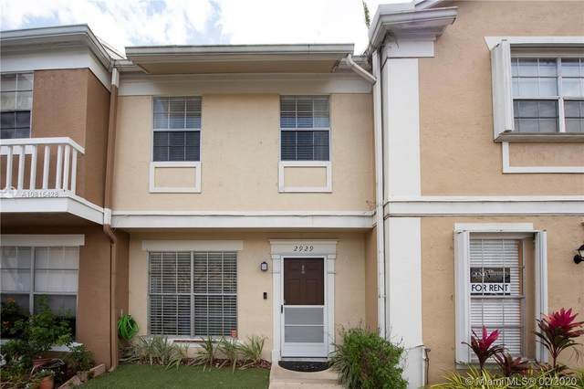 2929 Cambridge Ln #2929, Cooper City, FL 33026 (MLS #A10815428) :: Ray De Leon with One Sotheby's International Realty