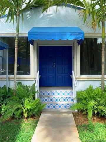 5703 SW 83rd St, South Miami, FL 33143 (MLS #A10816347) :: Prestige Realty Group
