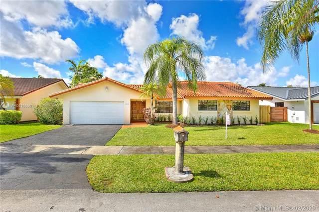 8030 SW 89th Ct, Miami, FL 33173 (MLS #A10816850) :: Grove Properties