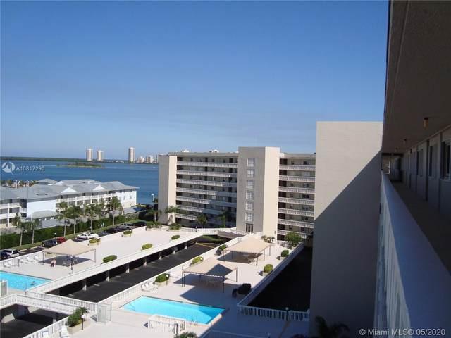 801 Lake Shore Dr #416, Lake Park, FL 33403 (MLS #A10817290) :: Berkshire Hathaway HomeServices EWM Realty