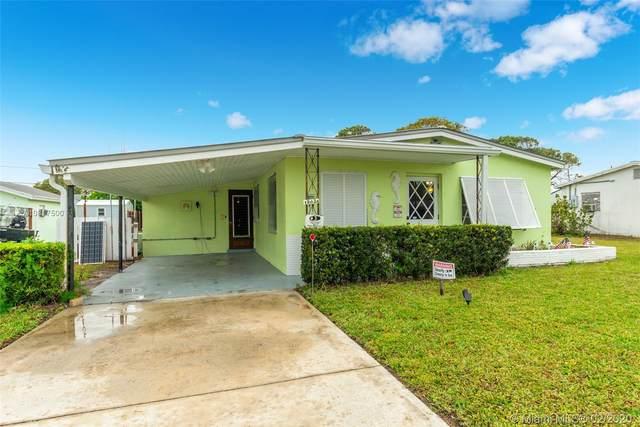 19036 SE Homewood Ave, Tequesta, FL 33469 (MLS #A10817500) :: Berkshire Hathaway HomeServices EWM Realty
