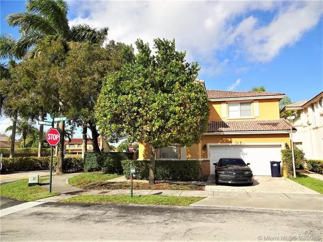 15611 SW 112th Way, Miami, FL 33196 (MLS #A10818120) :: Berkshire Hathaway HomeServices EWM Realty