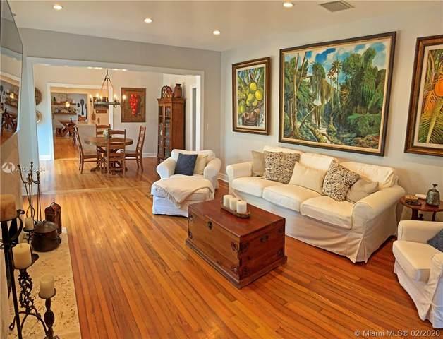 537 San Lorenzo Ave, Coral Gables, FL 33146 (MLS #A10818834) :: Berkshire Hathaway HomeServices EWM Realty