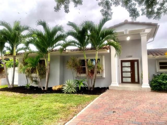 13200 N Bayshore Dr, North Miami, FL 33181 (MLS #A10821634) :: Laurie Finkelstein Reader Team