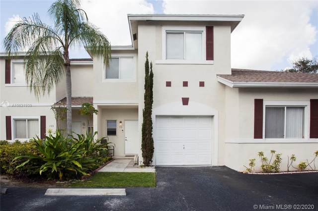 779 NW 42nd Pl, Deerfield Beach, FL 33064 (MLS #A10821939) :: Castelli Real Estate Services