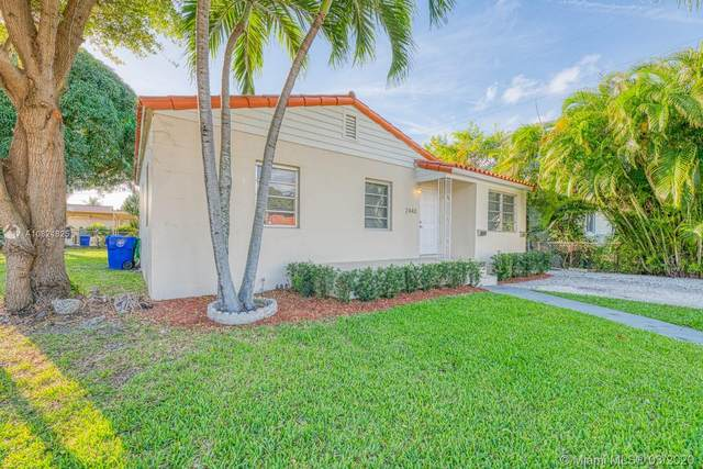 2440 SW 19th Ave, Miami, FL 33145 (MLS #A10824825) :: Berkshire Hathaway HomeServices EWM Realty