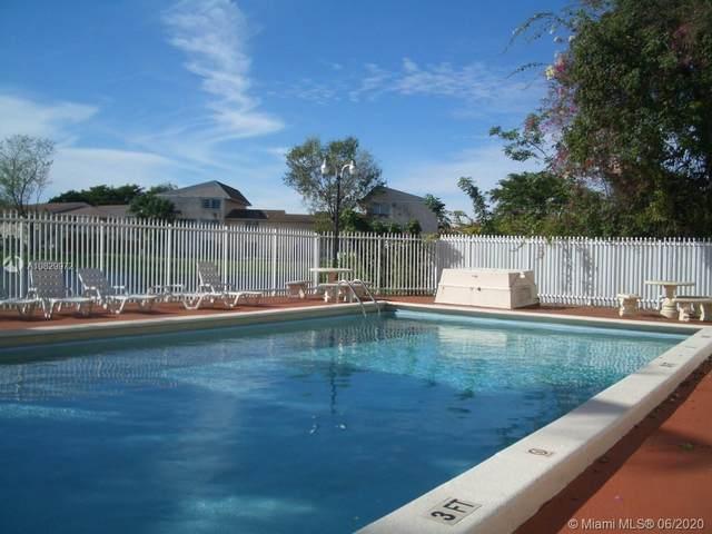 15461 SW 81st Cir Ln #62, Miami, FL 33193 (MLS #A10829972) :: Berkshire Hathaway HomeServices EWM Realty