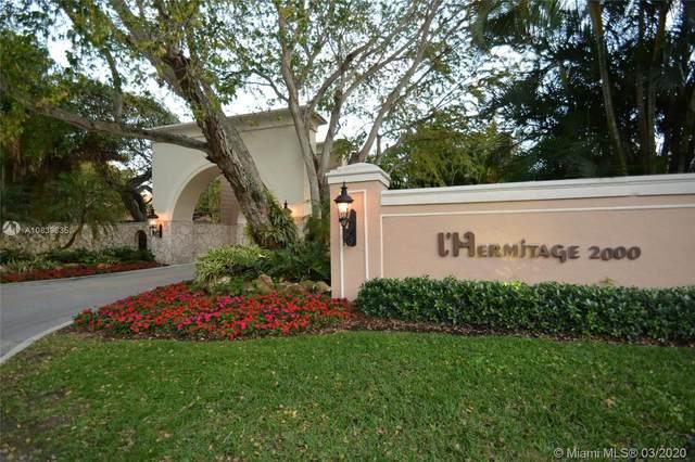 2000 S Bayshore Dr  Unit#13, Miami, FL 33133 (MLS #A10839635) :: The Riley Smith Group