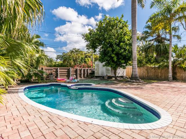 1527 Fletcher St, Hollywood, FL 33020 (MLS #A10840188) :: Castelli Real Estate Services