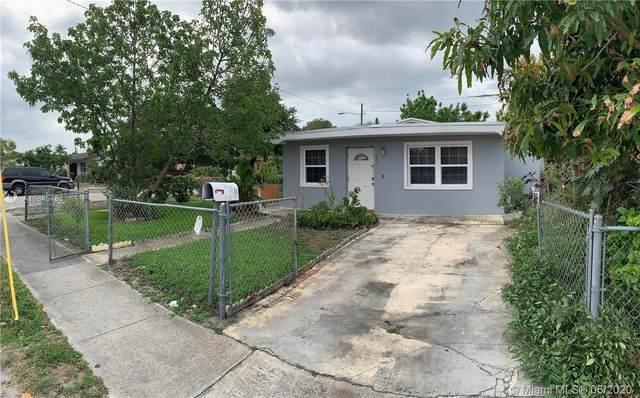 298 NE 174th St, North Miami Beach, FL 33162 (MLS #A10845483) :: The Riley Smith Group