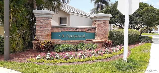 9219 Arborwood Cir, Davie, FL 33328 (MLS #A10845733) :: Patty Accorto Team