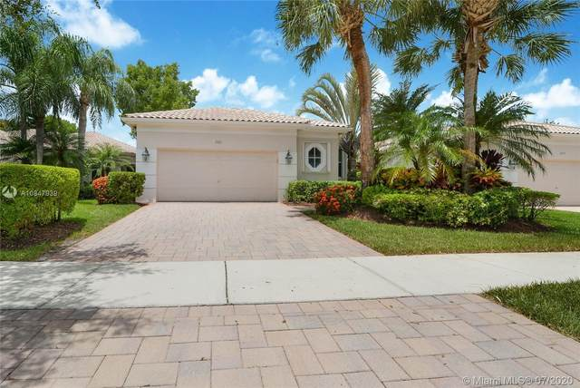 2521 Bay Pointe Ct, Weston, FL 33327 (MLS #A10847939) :: The Teri Arbogast Team at Keller Williams Partners SW