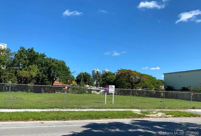 1833 SW 3 Ave, Miami, FL 33129 (MLS #A10851414) :: The Teri Arbogast Team at Keller Williams Partners SW