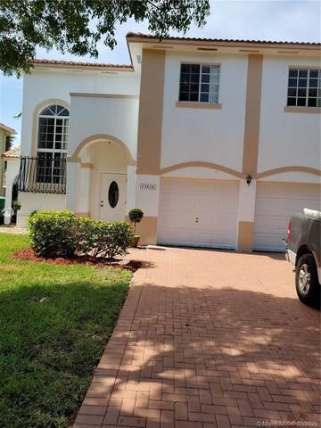13634 SW 142nd Ter, Miami, FL 33186 (MLS #A10855328) :: THE BANNON GROUP at RE/MAX CONSULTANTS REALTY I
