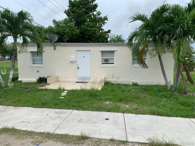 1410 NW 5th Ct, Florida City, FL 33034 (MLS #A10855955) :: The Teri Arbogast Team at Keller Williams Partners SW