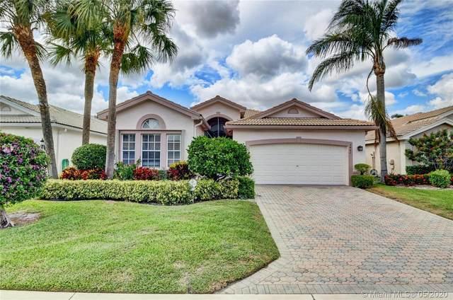 7482 Morocca Lake Dr, Delray Beach, FL 33446 (MLS #A10857364) :: Castelli Real Estate Services
