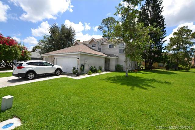 950 Honeytree Ln B, Wellington, FL 33414 (MLS #A10859094) :: THE BANNON GROUP at RE/MAX CONSULTANTS REALTY I