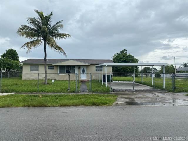 20500 SW 118th Pl, Miami, FL 33177 (MLS #A10860432) :: The Azar Team