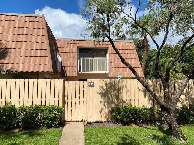 846 Blue Ridge Cir, West Palm Beach, FL 33409 (MLS #A10860466) :: Green Realty Properties