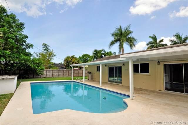 8815 SW 160th St, Palmetto Bay, FL 33157 (MLS #A10861915) :: Castelli Real Estate Services