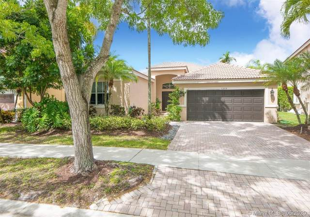 1305 Chenille Cir, Weston, FL 33327 (MLS #A10864514) :: Castelli Real Estate Services