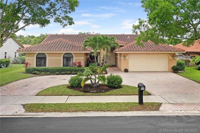 9797 North Springs Way, Coral Springs, FL 33076 (MLS #A10866649) :: GK Realty Group LLC