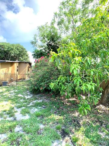 231 NE 15th Ave, Pompano Beach, FL 33060 (#A10867207) :: Dalton Wade