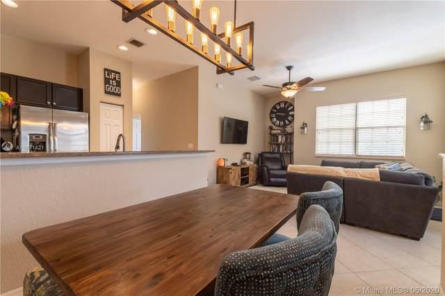 5818 Hampton Hills Blvd #5818, Tamarac, FL 33321 (MLS #A10871421) :: Castelli Real Estate Services