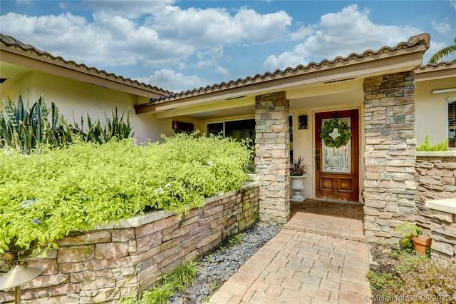2201 NE 20th Ave, Wilton Manors, FL 33305 (MLS #A10873382) :: The Howland Group
