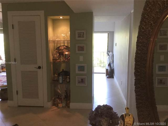 77 Crandon Blvd 3D, Key Biscayne, FL 33149 (MLS #A10875203) :: Berkshire Hathaway HomeServices EWM Realty