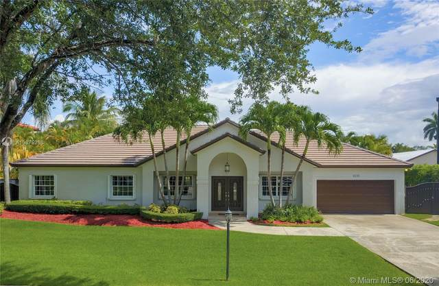8235 NW 157th Ter, Miami Lakes, FL 33016 (MLS #A10875266) :: Berkshire Hathaway HomeServices EWM Realty
