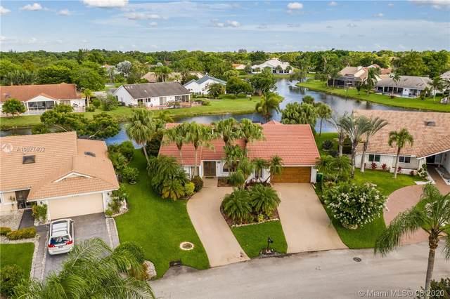 7614 NW 87th Ave, Tamarac, FL 33321 (MLS #A10877402) :: Castelli Real Estate Services