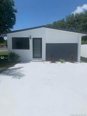 290 NE 171st Ter, North Miami Beach, FL 33162 (MLS #A10879210) :: The Riley Smith Group