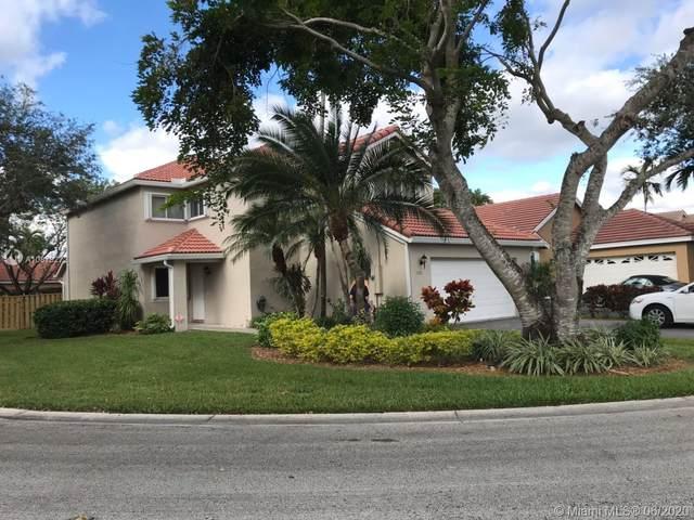 10001 NW 2nd St, Plantation, FL 33324 (MLS #A10879272) :: Berkshire Hathaway HomeServices EWM Realty