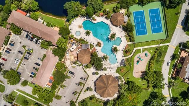 6844 SW 114th Pl A59, Miami, FL 33173 (MLS #A10880184) :: Berkshire Hathaway HomeServices EWM Realty