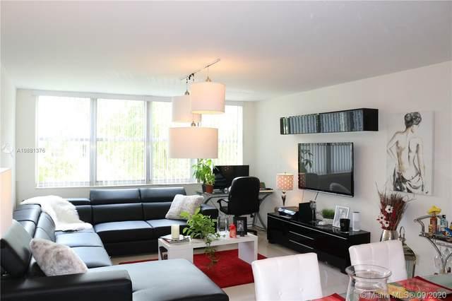 9143 SW 77th Ave B409, Miami, FL 33156 (MLS #A10881376) :: Berkshire Hathaway HomeServices EWM Realty