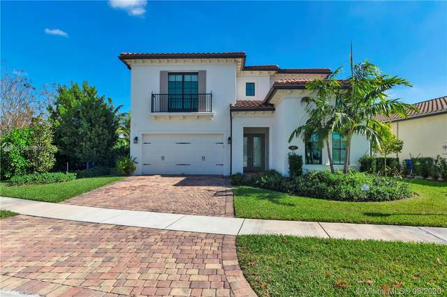 917 SW 113th Way, Pembroke Pines, FL 33025 (MLS #A10889899) :: Berkshire Hathaway HomeServices EWM Realty