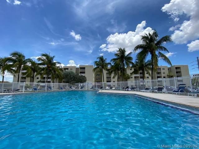 8145 NW 7th Street #321, Miami, FL 33126 (MLS #A10889971) :: Berkshire Hathaway HomeServices EWM Realty