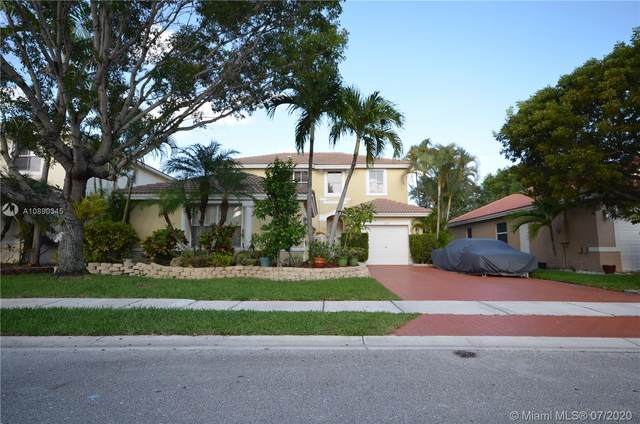 1561 SW 187th Ave, Pembroke Pines, FL 33029 (MLS #A10890345) :: Laurie Finkelstein Reader Team