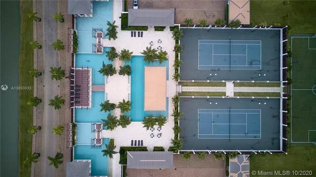 63 Plaza Lagos, Sector Casa Lago, 63 Guayas Samborond, Plaza Lagos, FL  (MLS #A10893033) :: Prestige Realty Group