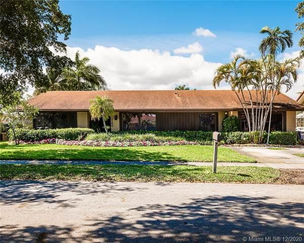 21140 NE 22nd Ct, Miami, FL 33180 (MLS #A10893799) :: Albert Garcia Team