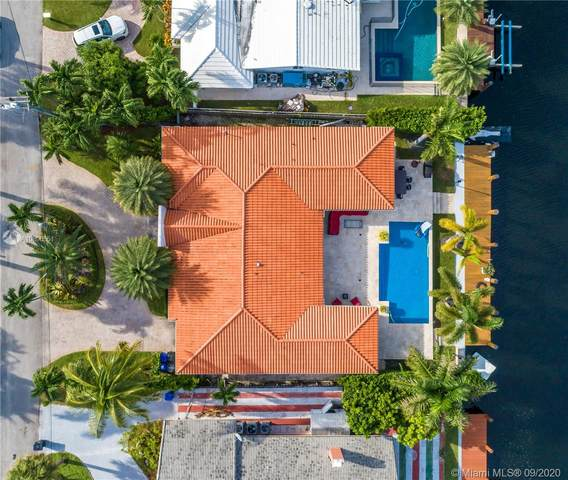 16465 NE 32nd Ave, North Miami Beach, FL 33160 (MLS #A10896551) :: Berkshire Hathaway HomeServices EWM Realty