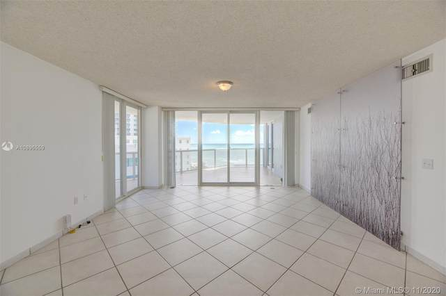6301 Collins Ave #1108, Miami Beach, FL 33141 (MLS #A10896559) :: KBiscayne Realty