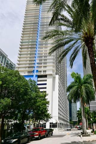 1200 Brickell Bay Dr #4012, Miami, FL 33131 (MLS #A10898666) :: Berkshire Hathaway HomeServices EWM Realty