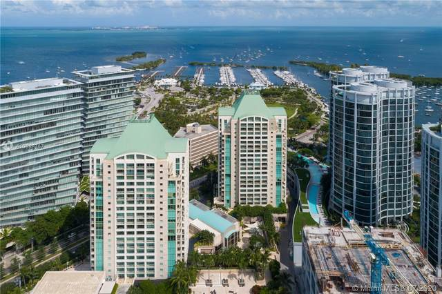 3400 SW 27th Ave #304, Miami, FL 33133 (MLS #A10898767) :: The Riley Smith Group