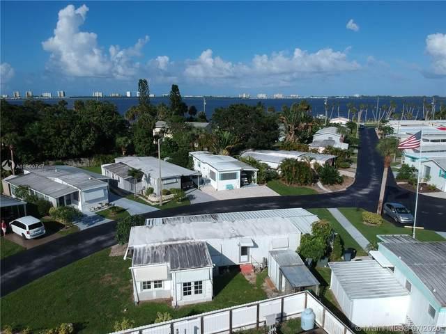 13827 S Indian River Dr Lot 69, Jensen Beach, FL 34957 (MLS #A10900747) :: Berkshire Hathaway HomeServices EWM Realty