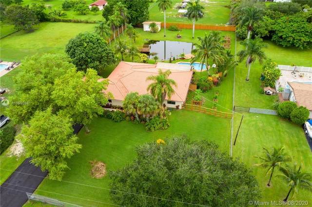 5841 SW 162nd Ave, Southwest Ranches, FL 33331 (MLS #A10900861) :: United Realty Group