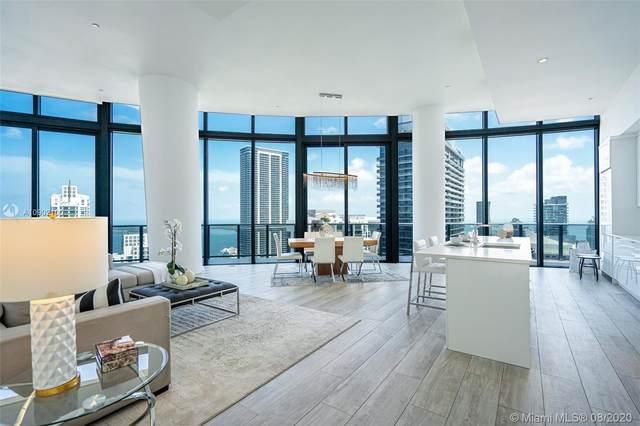 45 SW 9th St #4903, Miami, FL 33130 (MLS #A10902100) :: Berkshire Hathaway HomeServices EWM Realty