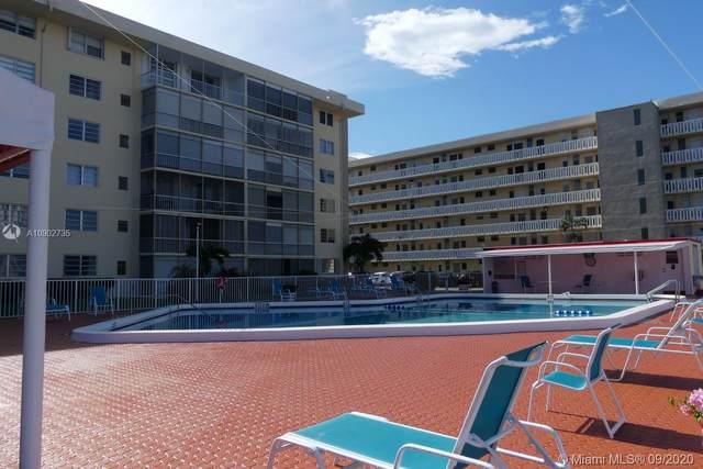 2980 Point East Dr D411, Aventura, FL 33160 (MLS #A10902735) :: Castelli Real Estate Services