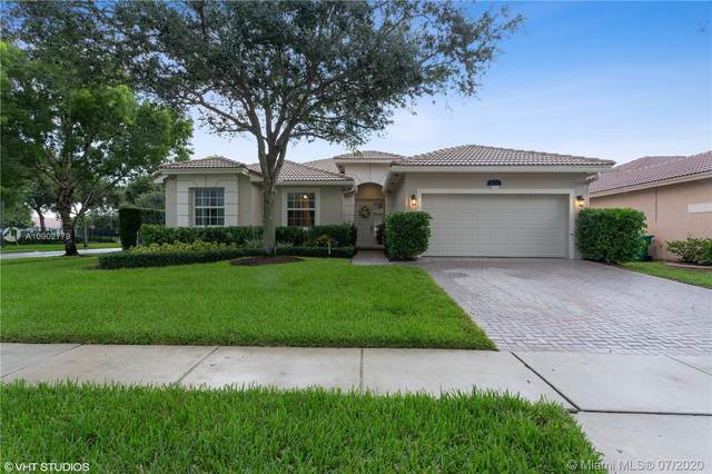 5231 SW 149th Ave, Miramar, FL 33027 (MLS #A10902779) :: The Riley Smith Group